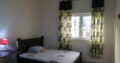 1BHK SHARING FOR COUPLES/FAMILIES NEAR SAFEER MALL
