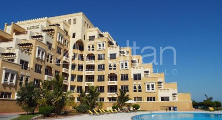 Beautiful 2Bed with Maids Room, Bab Al Bahr