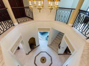Four bedroom Garden home Villa Palm jumeirah