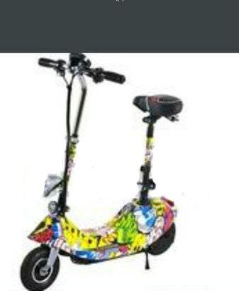 3 Photos E scooter 24 watts foldable