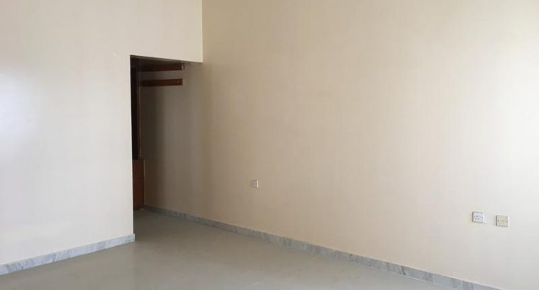 3 bhk apartment for rent in Al Maneseer close to s