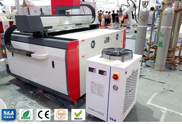 Industrial recirculating chiller for fiber laser