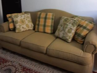 For sale 2 and 3 seater sofas