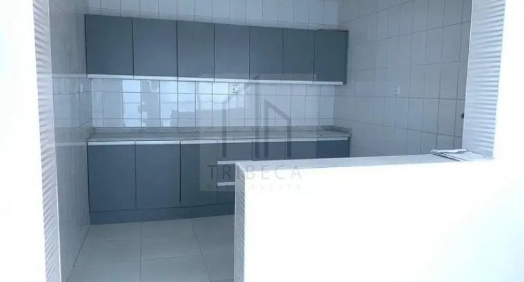 Villa   Spacious 5 BR with Extension Glass Room