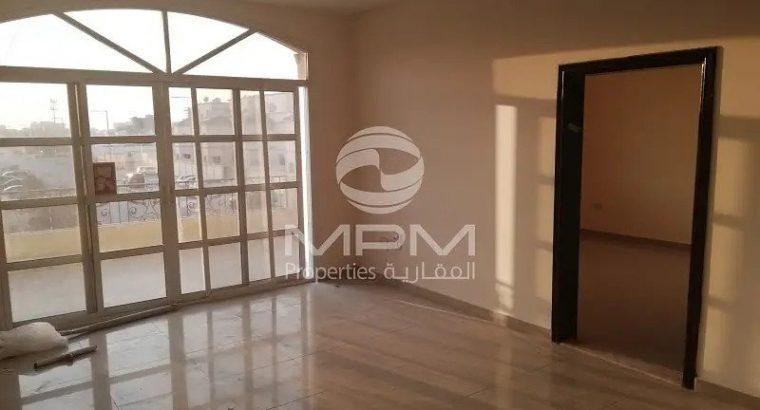 Villa | Specious 7 Bedroom with Backyards