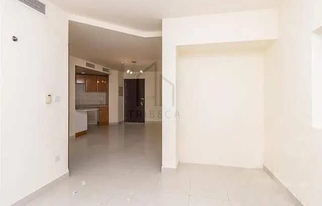 Spacious Studio | Well Maintained | Close to Metro