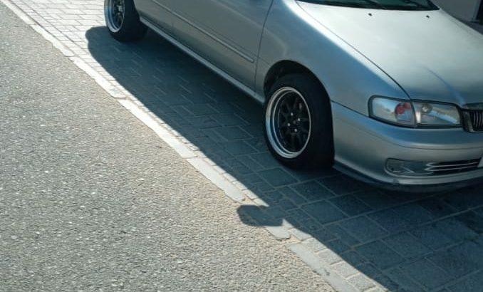 Nissan sunny 2001 year
