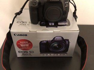 Canon EOS R6 Mirrorless Camera Body